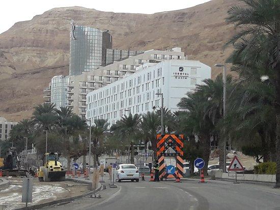 Isrotel Ganim: Road under construction