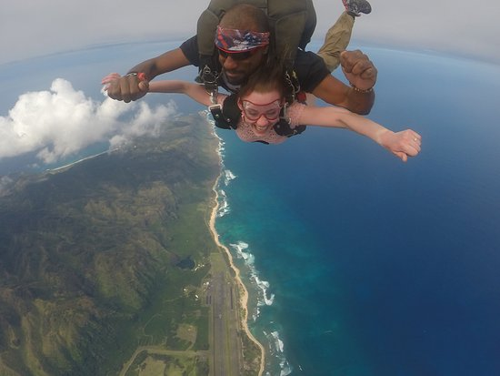 Pacific Skydiving Center: Warren was the best backpack ever!