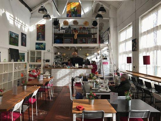 Графство Глостершир, UK: The interior of Mrs Massey's