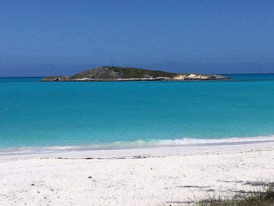 Out Islands: Tropic of Cancer Beach, Little Exuma MUST SEE! Bring bug spray 😊