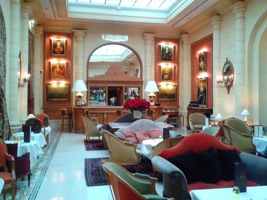 Hotel Lotti Paris Photo