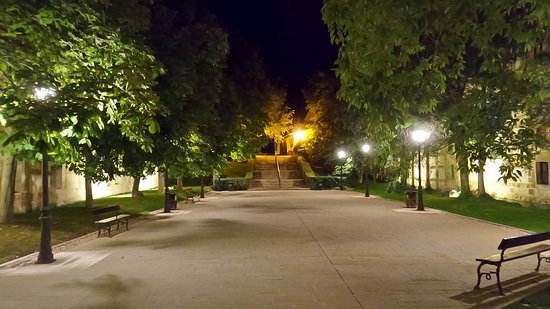 Hotel Monasterio de Piedra & Spa: Der Koster-/Hoteleingang atmet Ruhe