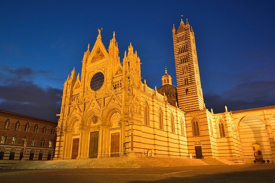 Siena, Italia: Cathedral in the night