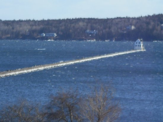 Rockport, ME: Whitecaps at Rockland Breakwater Light
