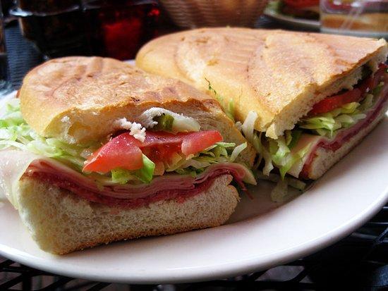 Alness, UK: Refreshments & Light Snacks - Soup, Sandwich, Panini, Home Baking
