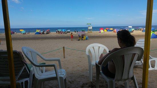 Balneario Peter: Mirando el mar desde la carpa