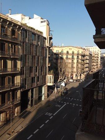 Catalonia Diagonal Centro: Вид из номера, 4 этаж