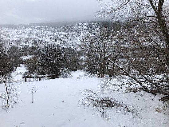 Meranges, Spain: Vistas desde el hotel , el  lugar es precioso