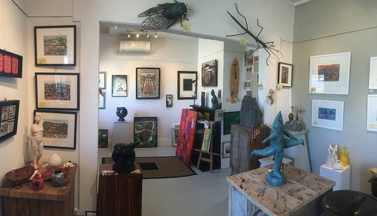 Timaru, New Zealand: more of inside gallery