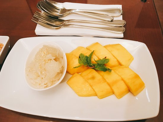 Mayfair, Bangkok - Marriott Executive Apartments: Dulce típico de arroz con mango