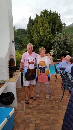 Villa du Sud: Grillfest am Pool