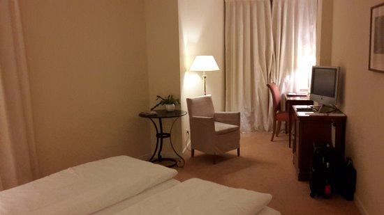 Romantik Hotel Weinhaus Messerschmitt: Chambre