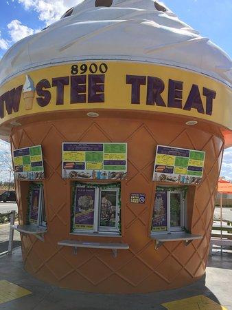 Twistee Treat: photo0.jpg