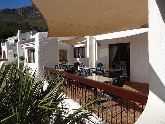 Villa du Sud: Die Frühstücksterrasse