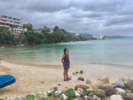 Cool Runnings Catamaran Cruises Jamaica: The cove waiting for the trip to begin