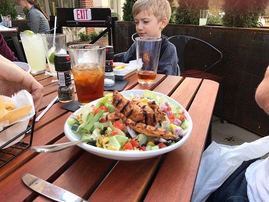 Mountain Brook, AL : Delicious food at Local Taco!