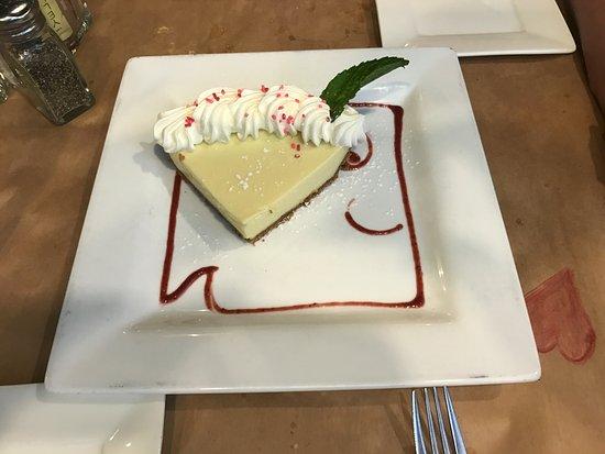 Cudjoe Key, FL: Key Lime Pie with Square Grouper logo Great Presentation