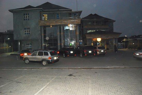 Lekki, Nijerya: Night view