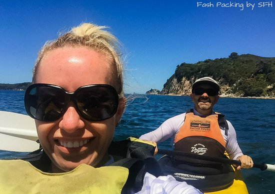 Cathedral Cove Kayak Tours: Quick Selfie