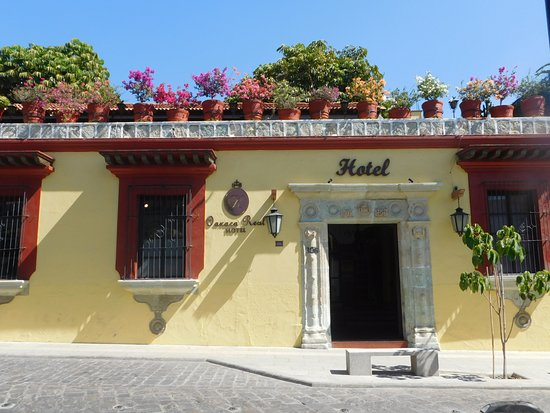 Hotel Oaxaca Real: Entrada Hotel.
