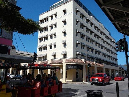 La Concha Hotel How Many Rooms