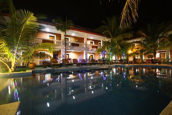 Arthawka  Hotel : Swimming Pool
