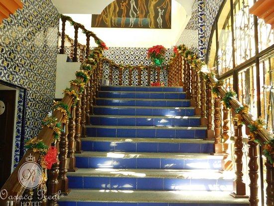 Hotel Oaxaca Real: La Terraza de Tita. Entrada.