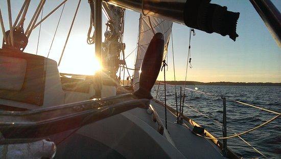 Boothbay Harbor, ME: Sailing with Midcoast Sailing Company on Linekin Bay