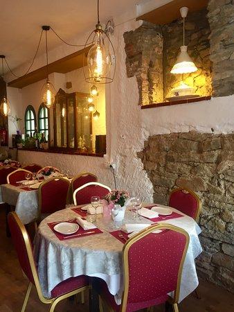 Gualta, Spanien: nuestra sala nueva y reformada