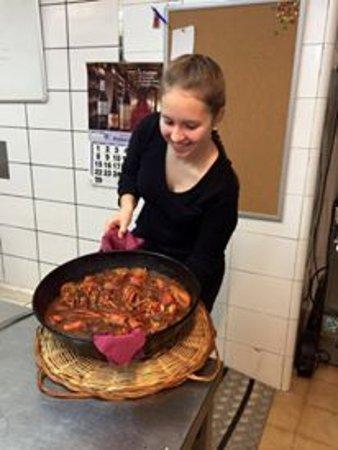 Gualta, Spanien: Judith y un buen arroz con bogavante