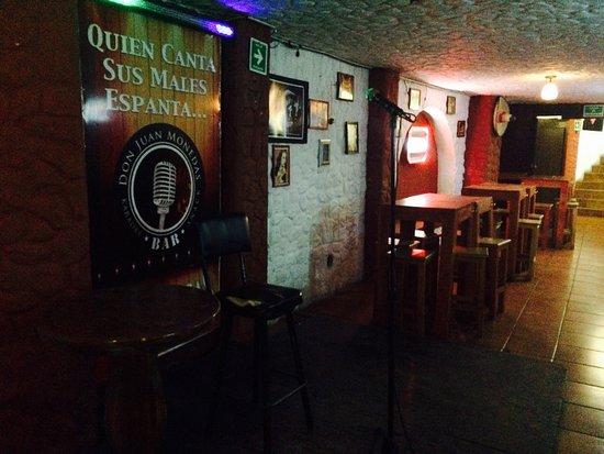 Karaoke Bar Juan Monedas