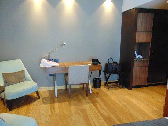 puerto norte design hotel mobiliario cuarto