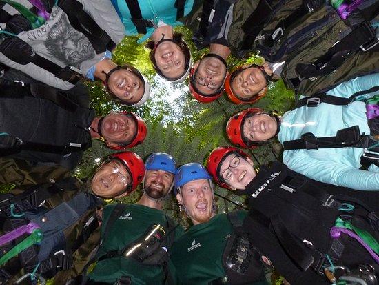 Rotorua Canopy Tours: Fun group. Thanks Scott & Shane, you were amazing guides
