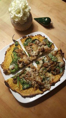 Elmore, VT: polenta crust!!!