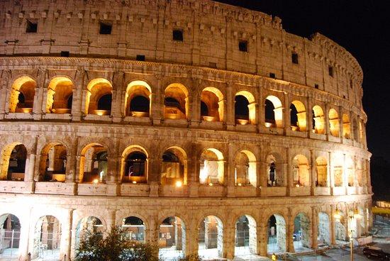 Europe : Coliseu, Roma.