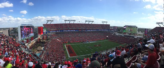 ‪Raymond James Stadium‬