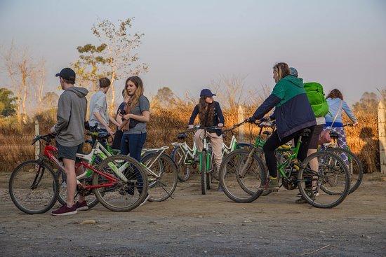 Chitwan District, Nepal: Cycling around the village
