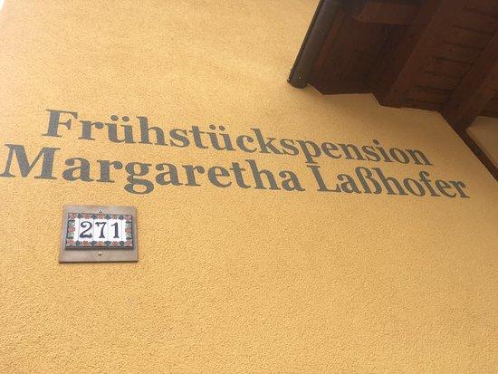Mauterndorf, النمسا: Fruhstuckspension Lasshofer
