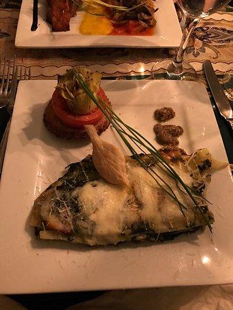 Mediterraneo Restaurant: photo1.jpg
