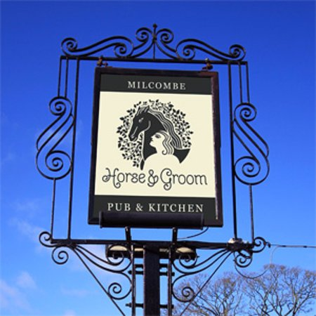 Horse and Groom: pub sign