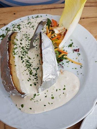 Dipperz, Deutschland: Kartoffel mit Rhönschlamm