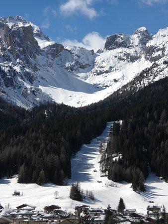 Padola, Italy: Belle piste al sole