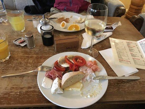 Photo of Cafe Cafe May at Hein-hoyer-str. 14, Hamburg 20359, Germany