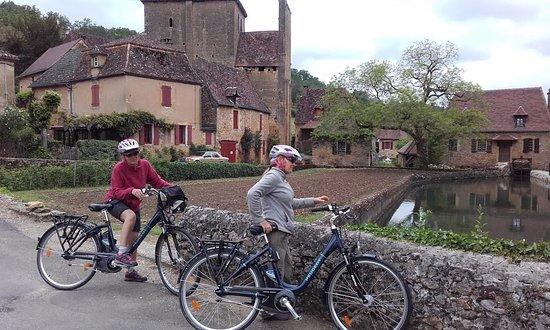 Le Buisson-de-Cadouin, Frankrike: Le patrimoine des villages