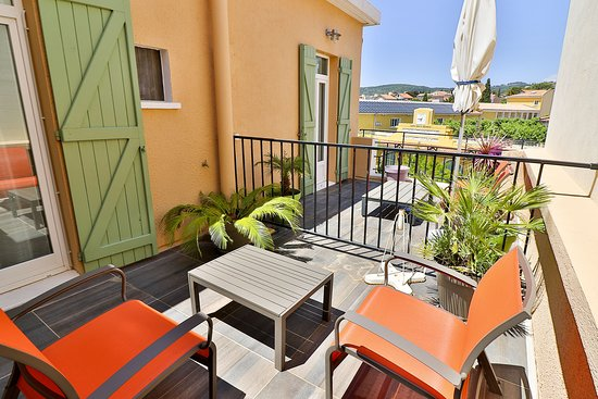 Hotel Le Provencal: terrasse privative