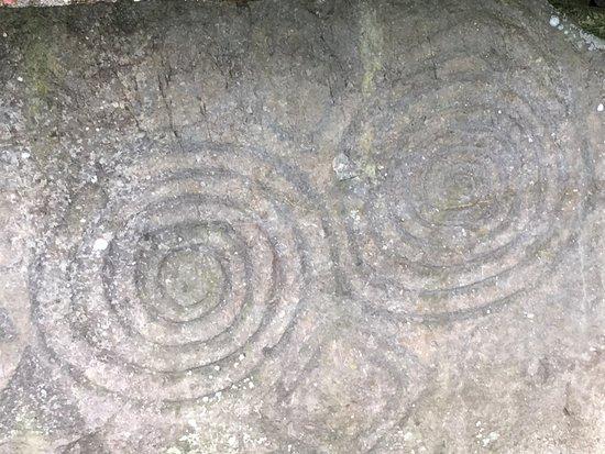 Condado de Dublín, Irlanda: Newgrange spirals