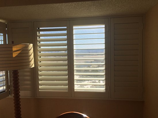 Tropicana Las Vegas A Doubletree By Hilton Hotel Shutters Try To Hide The Outdated