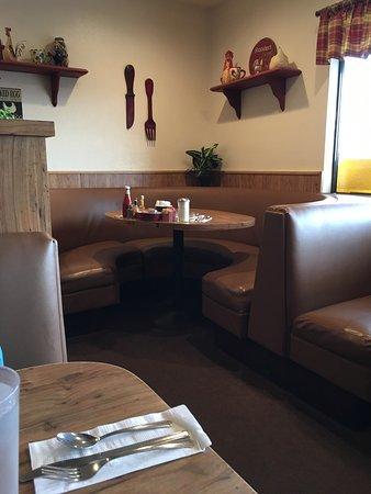 T N T's Cafe