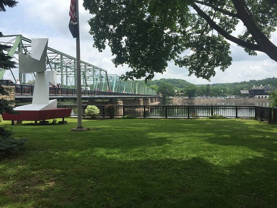 ‪‪Lambertville‬, نيو جيرسي: Bridge across Delaware river‬