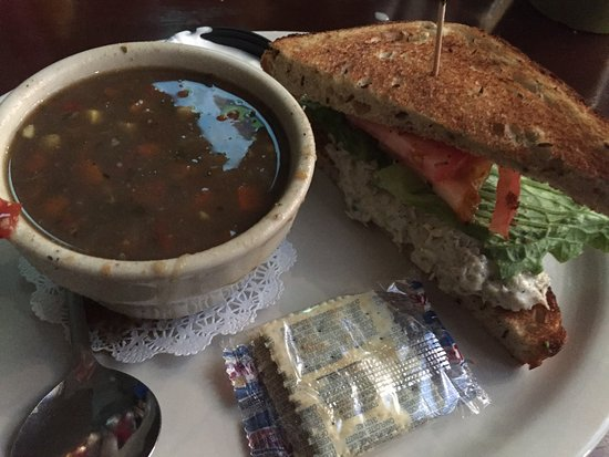 Lake Worth, FL: Soup & Sandwich